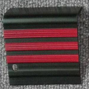 stepnosing karet hitam garis merah